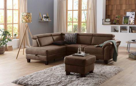 Tumši brūns dīvāns ar koka kājām