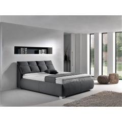 Liela gulta ar matračiem un virsamatraci