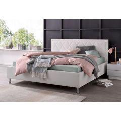 Balta divvguļama gulta no mākslīgās ādas
