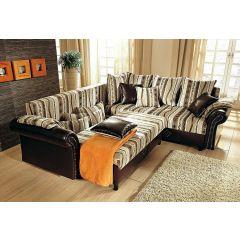 Krāsains stūra dīvāns ar spilveniem bēšs un brūns