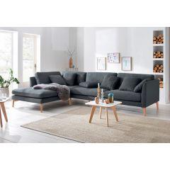 Liels dīvāns ērtai sēdēšanai