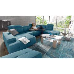 Liels zils dīvāns